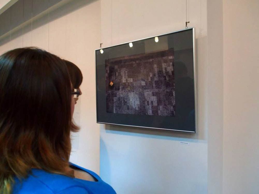 Wystawa [PO]MIĘDZY w galerii Łażnia w Radomiu